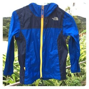 boys north face rain wind shell size 7 to 8